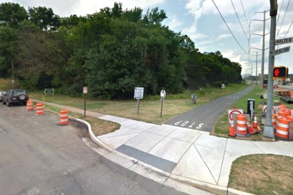 Restoration site along S. Four Mile Run Drive at S. Walter Reed Drive. Photo from Google Map.