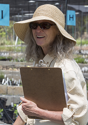 Photo of ARMN member Joan Gottlieb