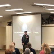 Sargent Chris Feltman provides active shooter training