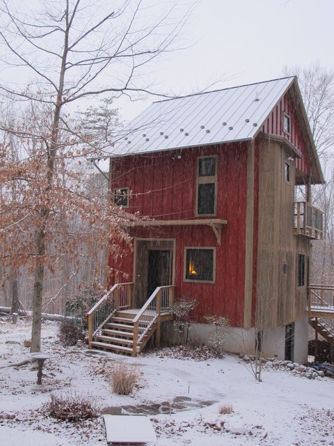 Photo of ARMN Member Susan Berry's cabin
